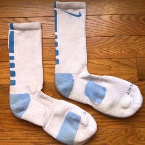 Nike Accessories - Nike elite socks